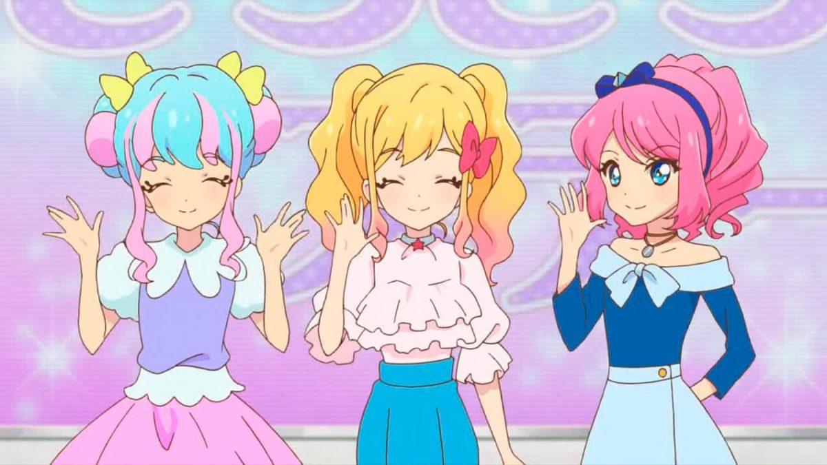 Yume Nijino contra Uzuki Shimamura (Aikatsu Stars! y The IDOLM@STER Cinderella Girls)
